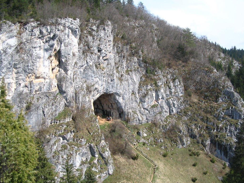 Bijambare, gornja pećina