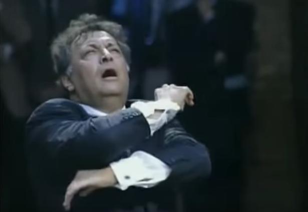 Zubin Mehta diriguje u Vijećnici (Sarajevo 1994. godine)