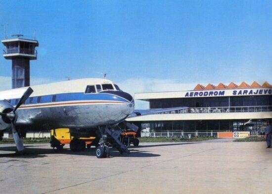 Sarajevski aerodrom na Butmiru (1969): Na novi aerodrom u Butmiru prvi se spustio JAT-ov 'konver' na liniji Zagreb Sarajevo, a zatim 'karavela' sa gostima iz Beograda