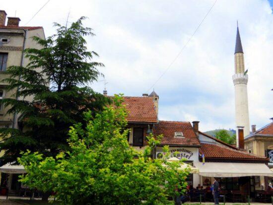Pogled na Begovu džamiju iz Kundurdžiluka (Sarajevo, 25. 06. 2015, foto: Mina Coric)