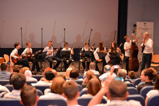 Tamburaški orkestar KUD-a Bulbul na Novogradskim danima (Sarajevo, 15. juni 2015)
