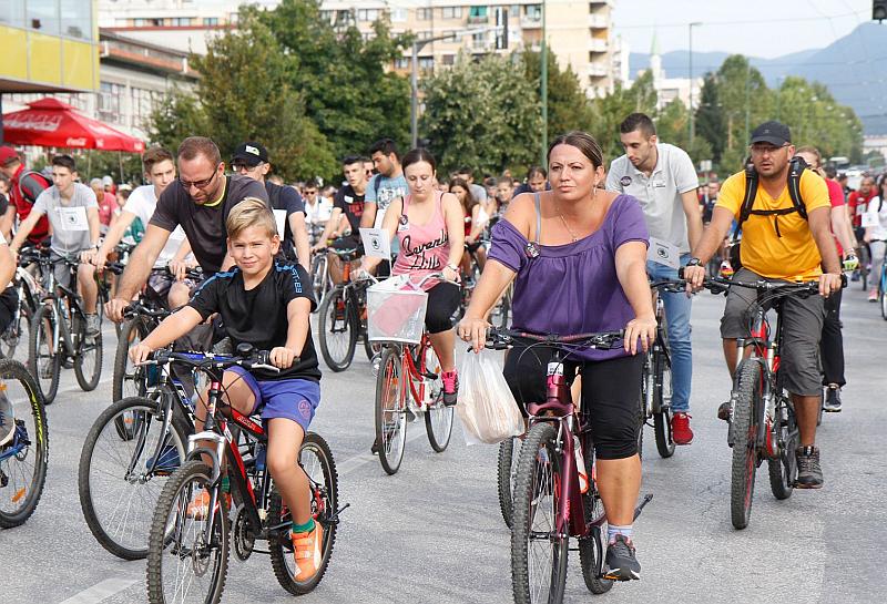 9. Giro di Sarajevo: Biciklisti preplavili sarajevske ulice (Sarajevo, 4. septembar 2016, foto: Damir Ćumurović)