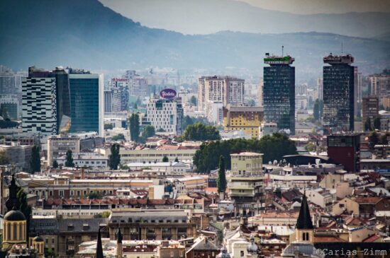 Dan se rodi da ugleda grad (Sarajevo, foto: Carias Zimm)