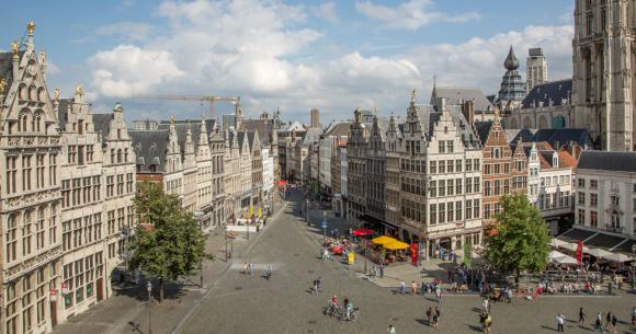 Antwerpen u Belgiji jedna je od najvećih evropskih luka još od 19. vijeka...