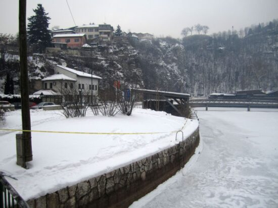 Zaledila Miljacka (Sarajevo, 9. januar 2017)