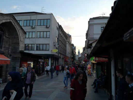 Ulica Ferhadija ispred Bezistana (Sarajevo, 22. maj 2017, foto: Naser Husic)