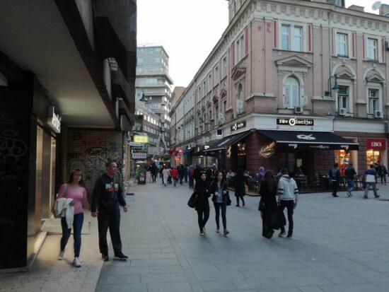 Ulica Ferhadija ispred Tržnice (Sarajevo, 22. maj 2017, foto: Naser Husic)