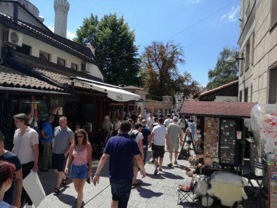 Sarači, kod Gazi Husrefbegove medrese (Sarajevo, 30. juli 2017, foto: Naser Husic)