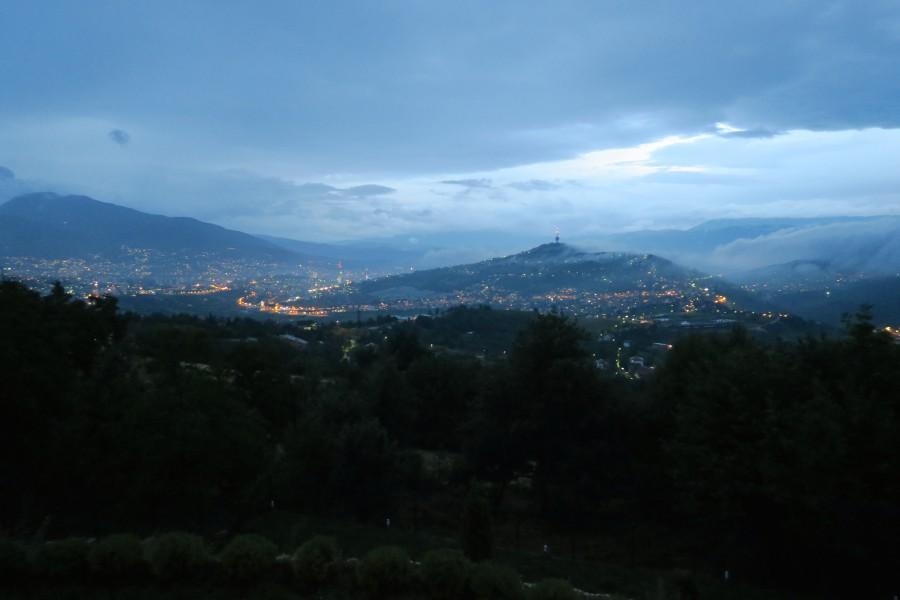 Pogled na Sarajevo s Poljina (Foto: Reem Jadah)