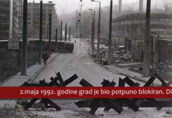 Sarajevo je 4 godine opsade ostavljen bez vode, struje, plina, a zalihe hrane su brzo nestajale. Groblja su se širila. 10'615 osoba, od čega 1'601 djece, je ubijeno, a više od 50,000 osoba je ranjeno, od kojih su mnogi ostali trajni invalidi.