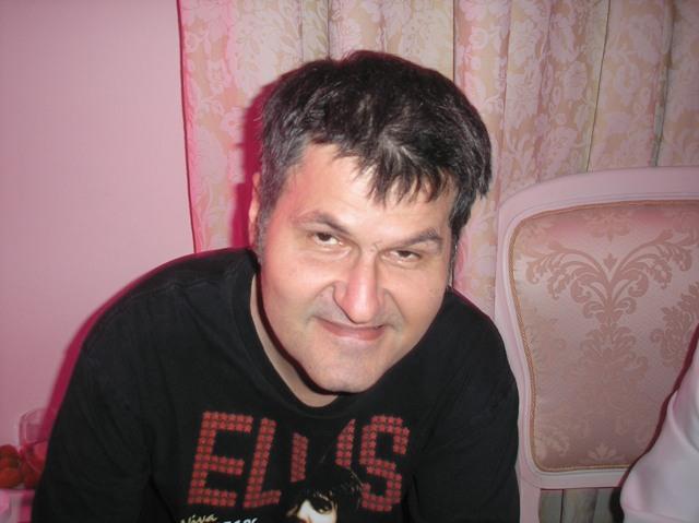 Mirko Srdić aka Elvis J. Kurtović