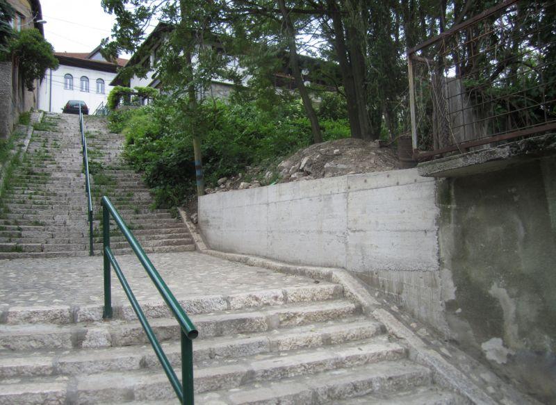 Novo stepenište i zid Na varoši (Sarajevo, maj 2016)