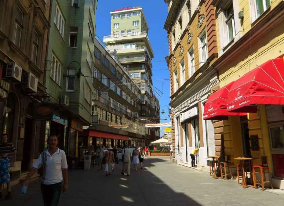 Ljeto u Ferhadiji (Sarajevo, 22. juli 2015, foto: Mina Ćorić)