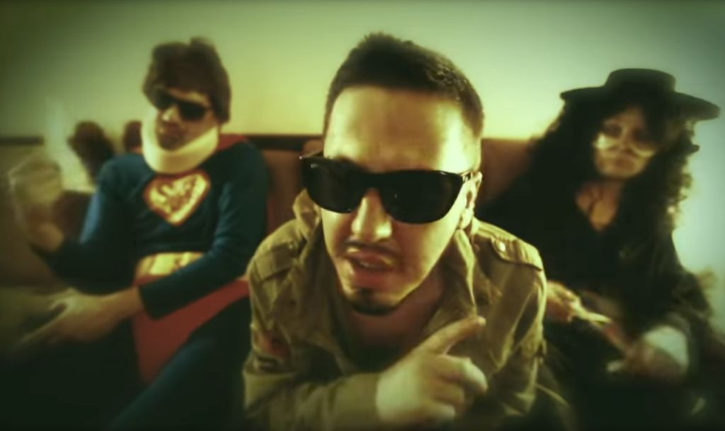 Detalj iz spota Armagedon (Adnan Šaran ft. Basheskia & Edward EQ)