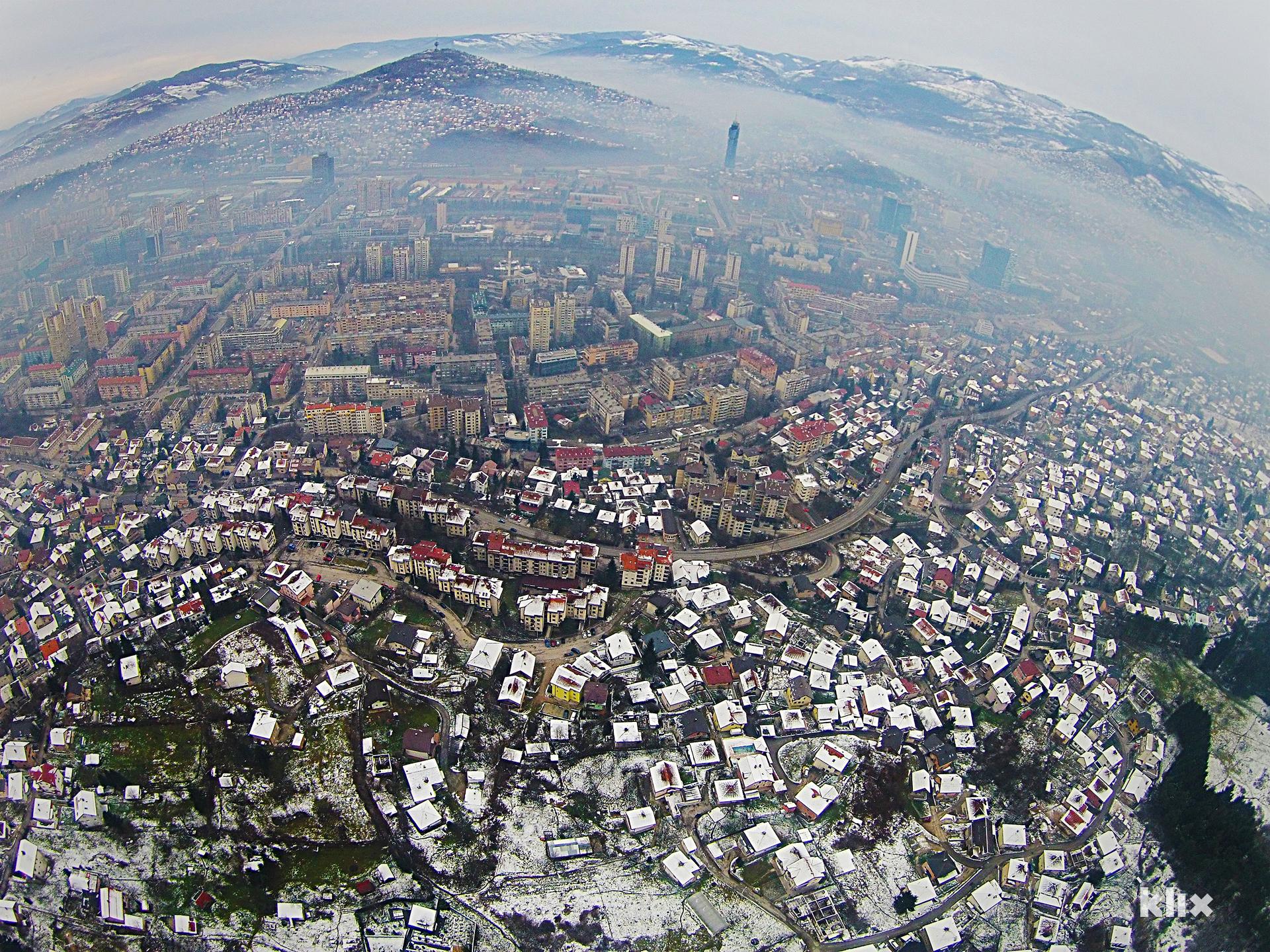 Malo mi je Sarajevo