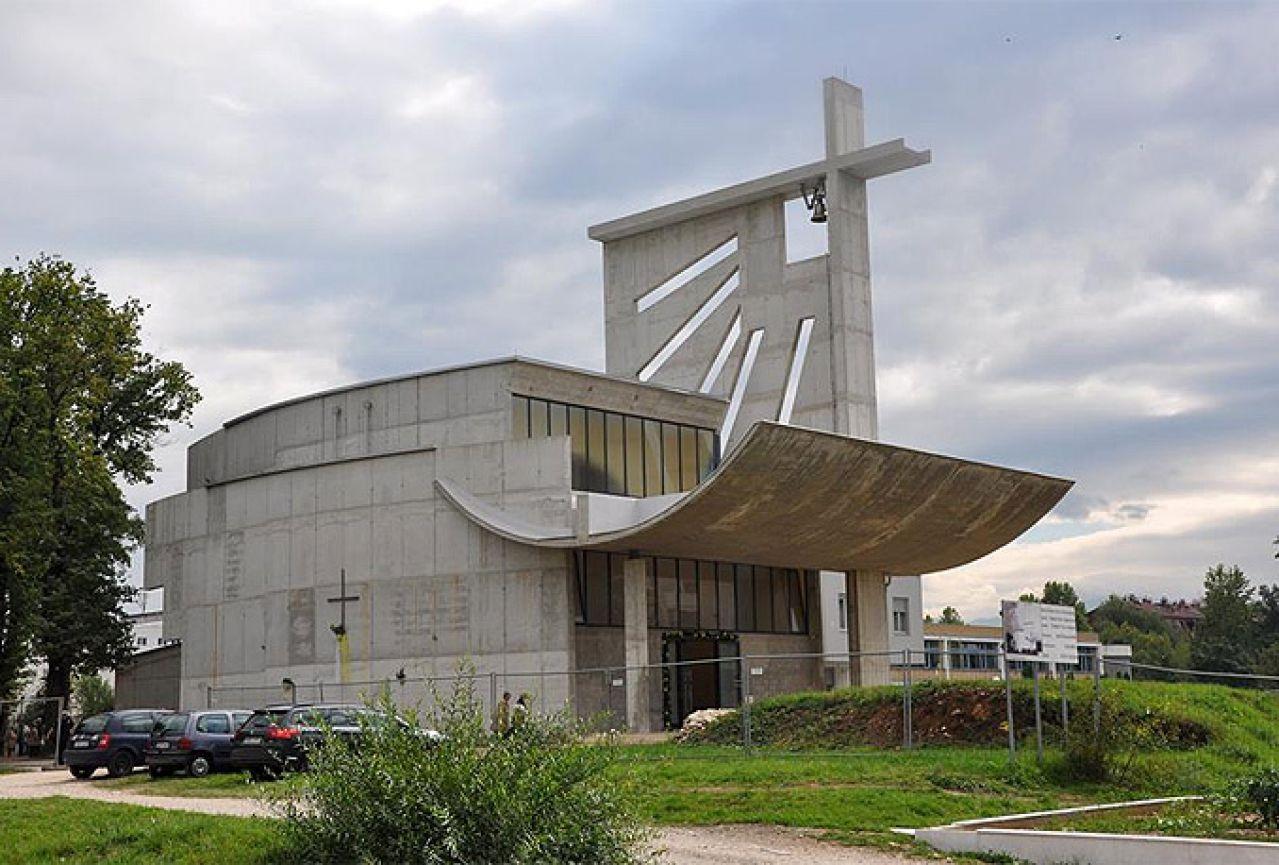 Crkva sv. Franjo, Dobrinja, Sarajevo (Ivan Štraus, 1999)