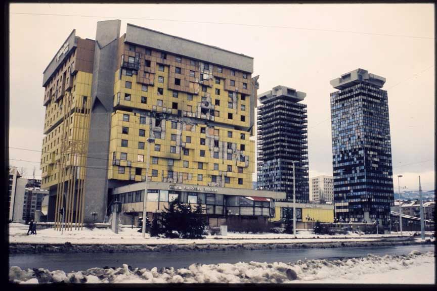 Kuće Ivana Štrausa tokom opsade Sarajeva